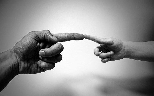 Pourquoi vous ne devez surtout pas laisser vos proches dans le noir au moment de divorcer